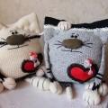 komik-kedi-orgu-yastik-modelleri