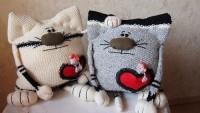 Çocuk Odası Dekorasyonu İçin Sevimli Kedi Yastık Modelleri