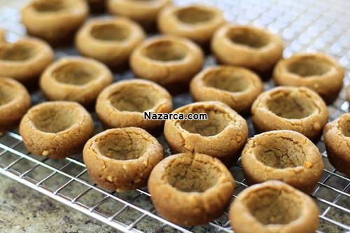 kremali-fistik-ezmeli-cikolatali-canak-kurabiye-tarifi-4