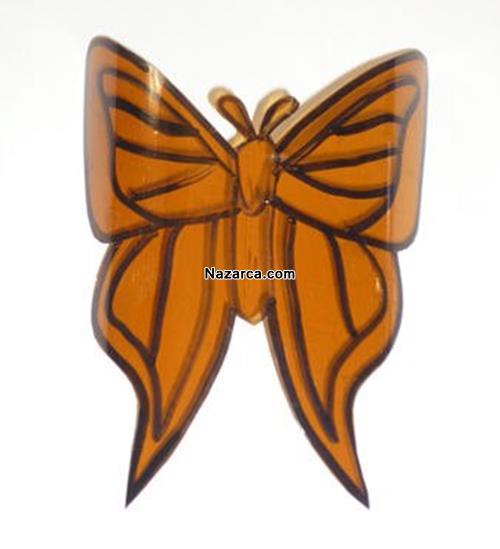plastik-siselerden-oje-ile-boyanan-cok-guzel-kelebekler-yapmak-4
