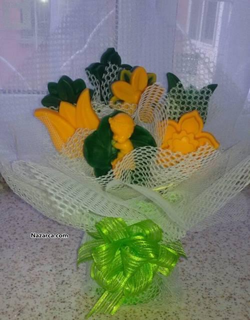 sabun-ile-yapiilan-sepette-hediyelik-cicekler