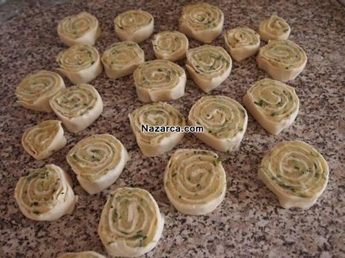 sac-tavada-patatesli-dilim-borek-tarifi-8