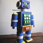 kutulardan-silindir-bacakli-robot