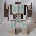 trenformes-karton-robot