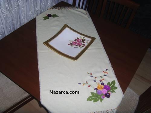 Keçe çiçekli masa örtüsü