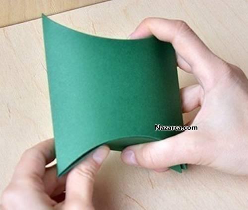 fon-kartonundan-basit-ve-kolay-hediye-paketi-yapimi-9