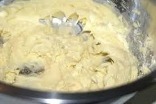 susamli-tatli-kolay-kurabiye-tarifi-5