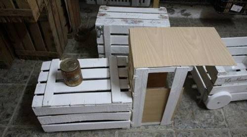tahta-kasalardan-bahceye-dekoratif-tren-yapimi-4