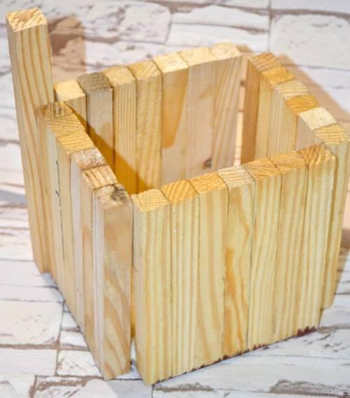 ahsap-cubuklardan-dekoratif-kutu-4