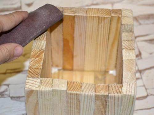 ahsap-cubuklardan-dekoratif-kutu-6
