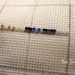etamin-ustune-boncuklardan-kelebek-yapilisi-8