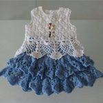 lacivert-beyaz-genis-etekli-cocuk-orgu-elbise