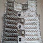 knitting-baby-vests