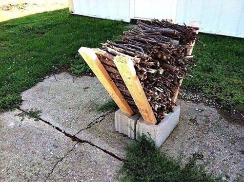 beton-briket-bahce-odun-tutucu