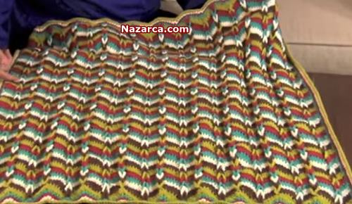 İki-yonlu-zigzag-orgu-modeli-bebek-battaniyesi