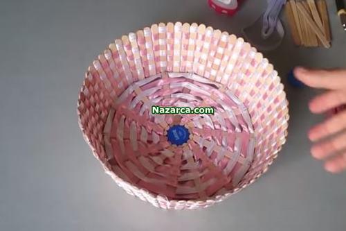 hobi-cubuklarindan-ekmek-sepeti-yapilisi