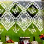 kelebek-motifli-sacakli-dantel-mutfak-perdeleri
