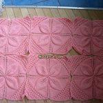 4-yaprakli-pembe-bebek-orme-battaniye