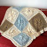 buyuk-motifli-yaprakli-battaniyeler
