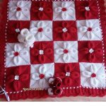 kirmizi-beyaz-yaprakli-2-renkli-sis-isi-battaniye