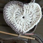 kare-ortasi-kalp-desenli-bebek-battaniyesi-11