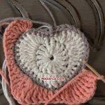 kare-ortasi-kalp-desenli-bebek-battaniyesi-19