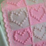 kiz-bebek-pitirikli-battaniye-kalp