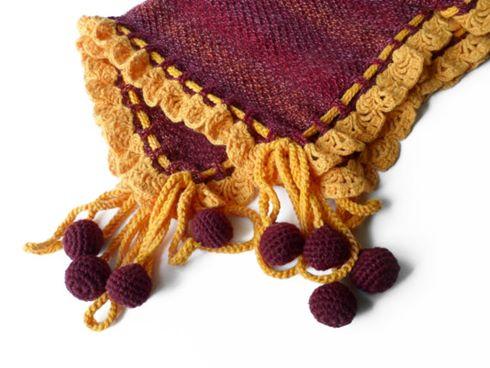 bordo-sari-ponponlu-battaniye