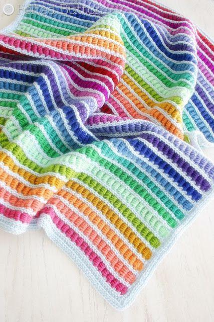 dikine-burgulu-renkli-cizgili-battaniye