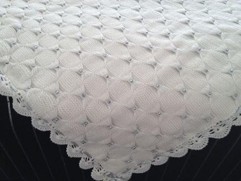 inci-dikili-beyaz-battaniye