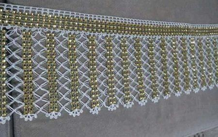 metre-tasli-havlu-kenari-modeli