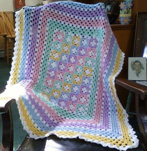 hanim-begendi-cicekli-battaniye