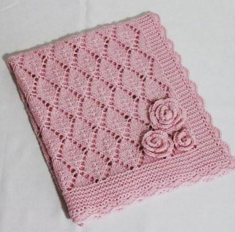 kosesi-gul-motifli-yaprak-ajur-modelli-battaniye