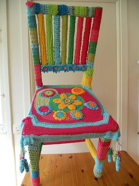 orgu-sisin-sandalye-giydirme