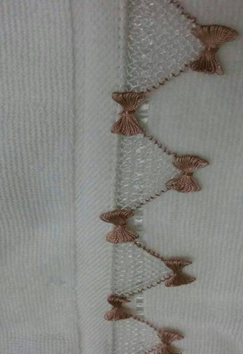 parma-sarmali-fiyonklu-havlu-oyasi