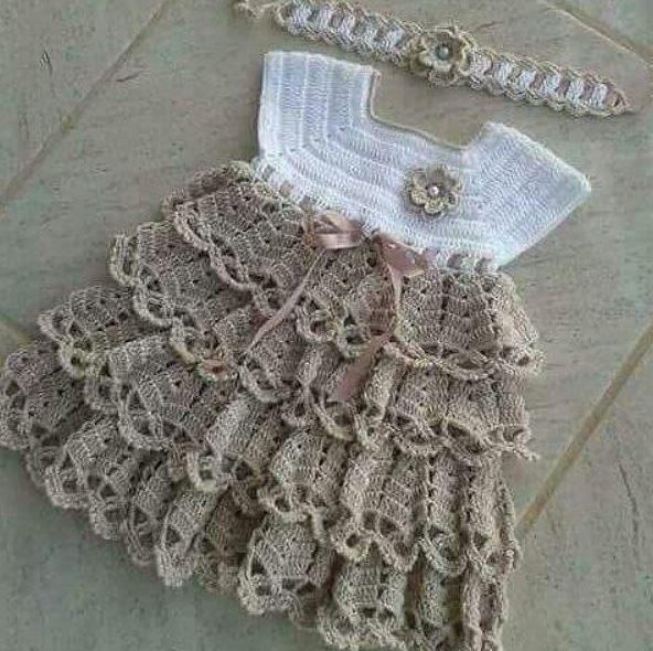tigisi-firfirlikatli-bebek-elbise