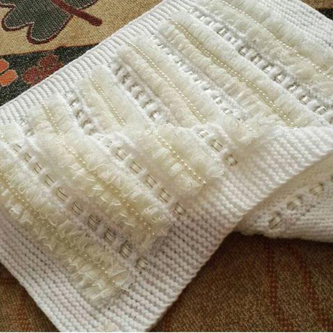 usten-dantelli-serit-battaniye