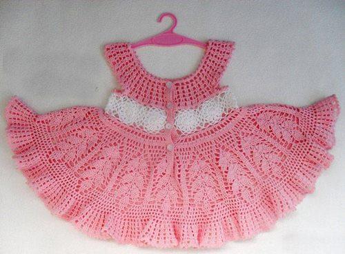 belinden-motifli-elbise-pembe-dantelden