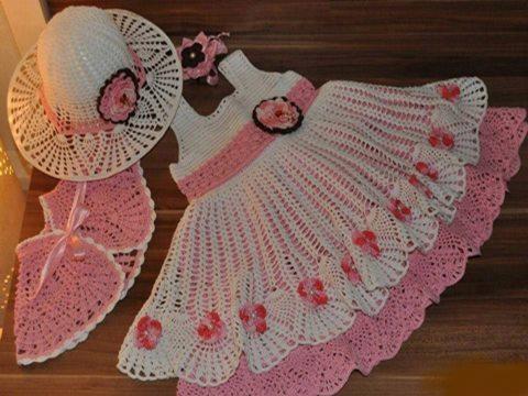 sapkali-orgu-etol-modelli-etekleri-katli-dantel-harika-kiz-elbise