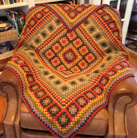 afgan-tig-motifli-turunculu-battaniye