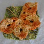 turuncu-motifli-kare-ornekli–battaniye