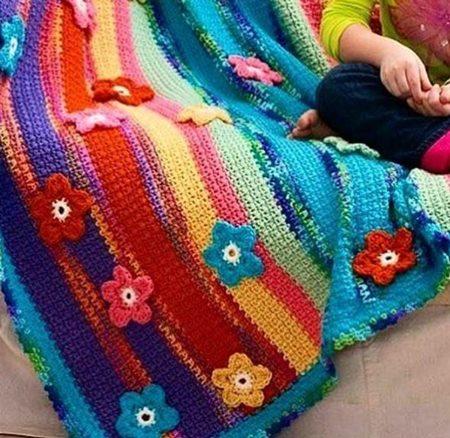 orgu-ciceklerle-battaniyeler
