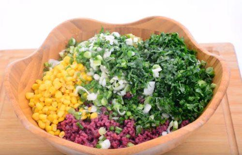 bulgurdan-salgamli-salata-yapimi