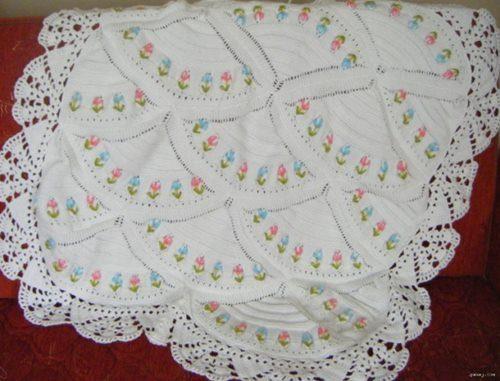 nakis-isli-yelpaze-motifli-battaniye
