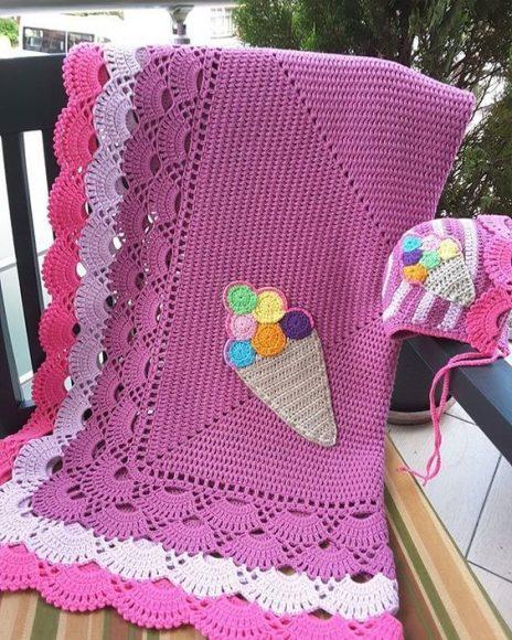 Dondurma suslemeli-kenar-bordurlu-2-renk-battaniye