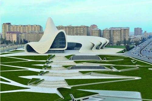 Azerbaycan-Haydar-Aliyev-Merkezi