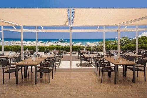 Kibris Bafra-Kaya-Artemis-Resort-Hotel-cafe