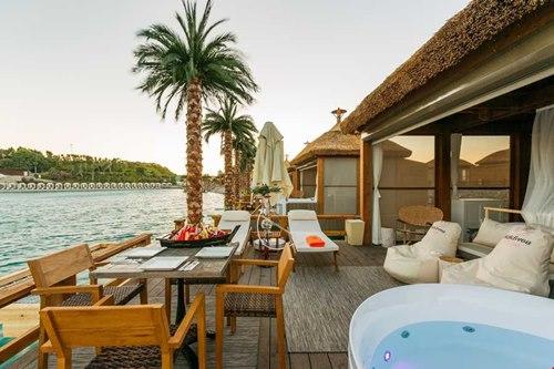 Kibris-Cratos- Premium Hotel-sahil-odalar
