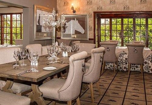 Salon-dekorunda-yemek-odasi-bolumleri