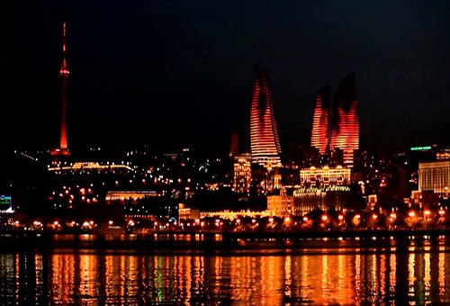 baku-azerbaycan-yanan-kuleler